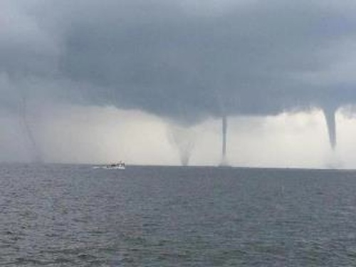 stunning waterspout images from louisiana climate central