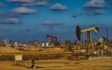 EPA Moves to Regulate Oil and Gas Methane Emissions