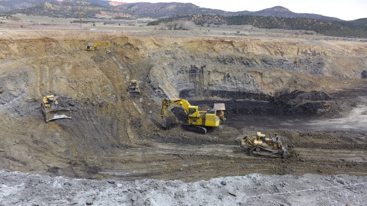 public policy in coal mine safety The history of mine safety and health legislation in the united states goes back  more  1947 – safety standards for bituminous coal and lignite mines created.