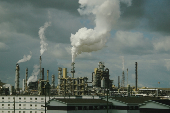 Syncrude oil sands processing facility