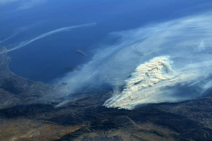 The southern california wildfires could be seen by the international space station crew from their vantage point in low earth orbit credit nasa flickr