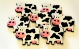 Image of the Day: Cookies & Candy for the Cows