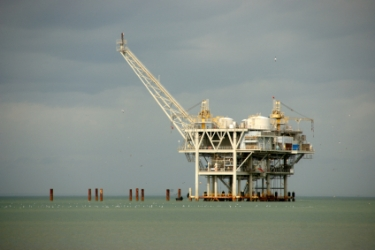 outline for domestic oil drilling policy How oil prices impact the us the united states was struggling under declining domestic oil production lower oil prices mean less drilling and exploration.