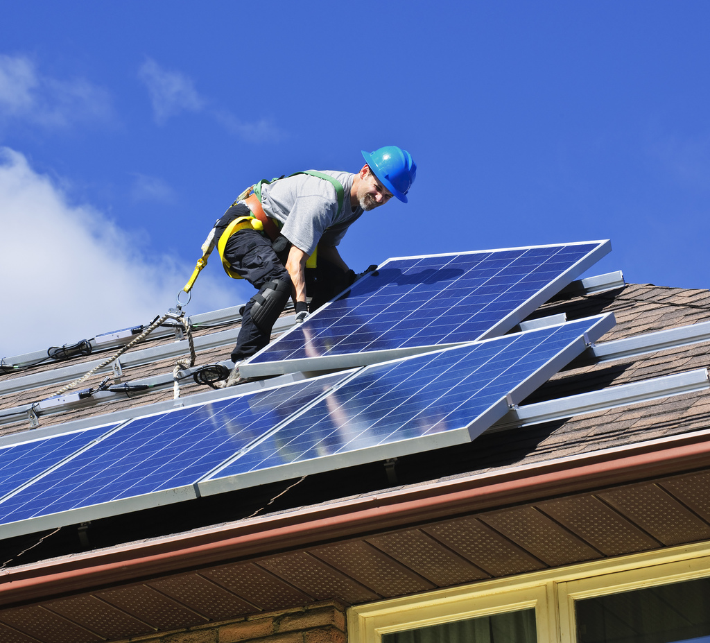 Obama Announces Plan to Train 75,000 Solar Workers