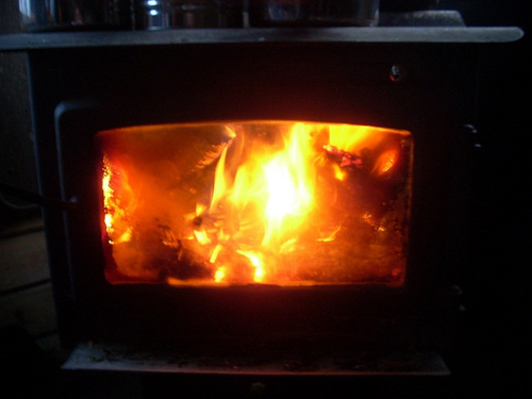 2db3ebf8069 Existing regulations for wood heaters apply to older kinds of wood stoves  that lack new emissions-reduction technology. New rules would require that  new ...