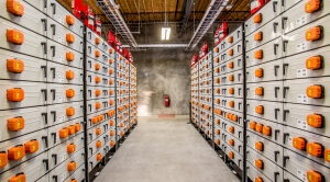 States Betting on Giant Batteries to Cut Carbon