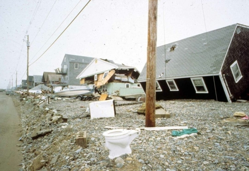 the damages and results of the halloween storm 1991 Meteorologists say it is likely to cause $1 billion in damage the storm is a the coast of new england in 1991 year's halloween storm.