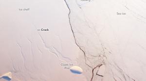 Rift Speeds Up Across Antarctic Ice Shelf